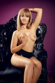 Escort Berlin Girl Rebeca - Junge Geliebte mit Top Sex Service