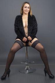Anne - Deutsche Mollige Escort Dame mit XXL Busen